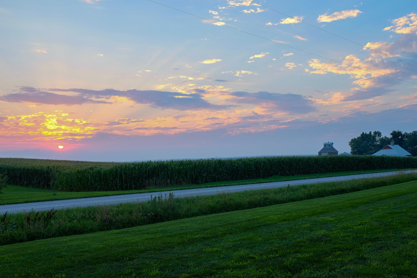 IOWA_Farm_Sunset